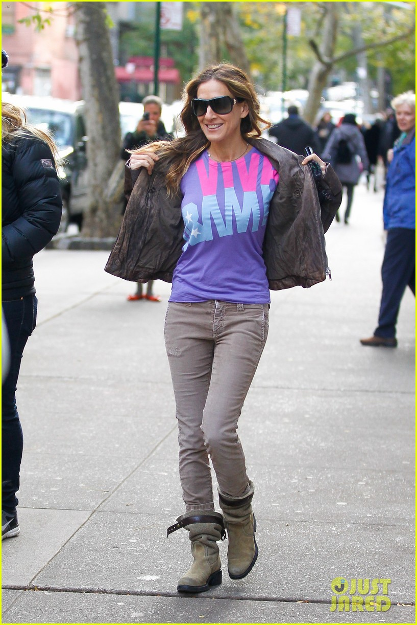 sarah jessica parker viva obama shirt on election day 112751863