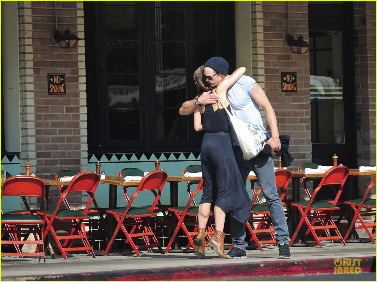 alexander skarsgard embraces little doms 01