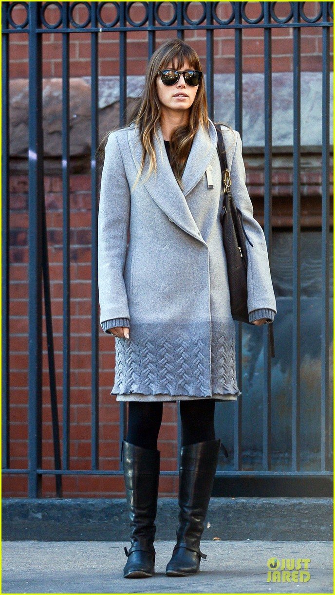 jessica biel post honeymoon smile in new york city 11