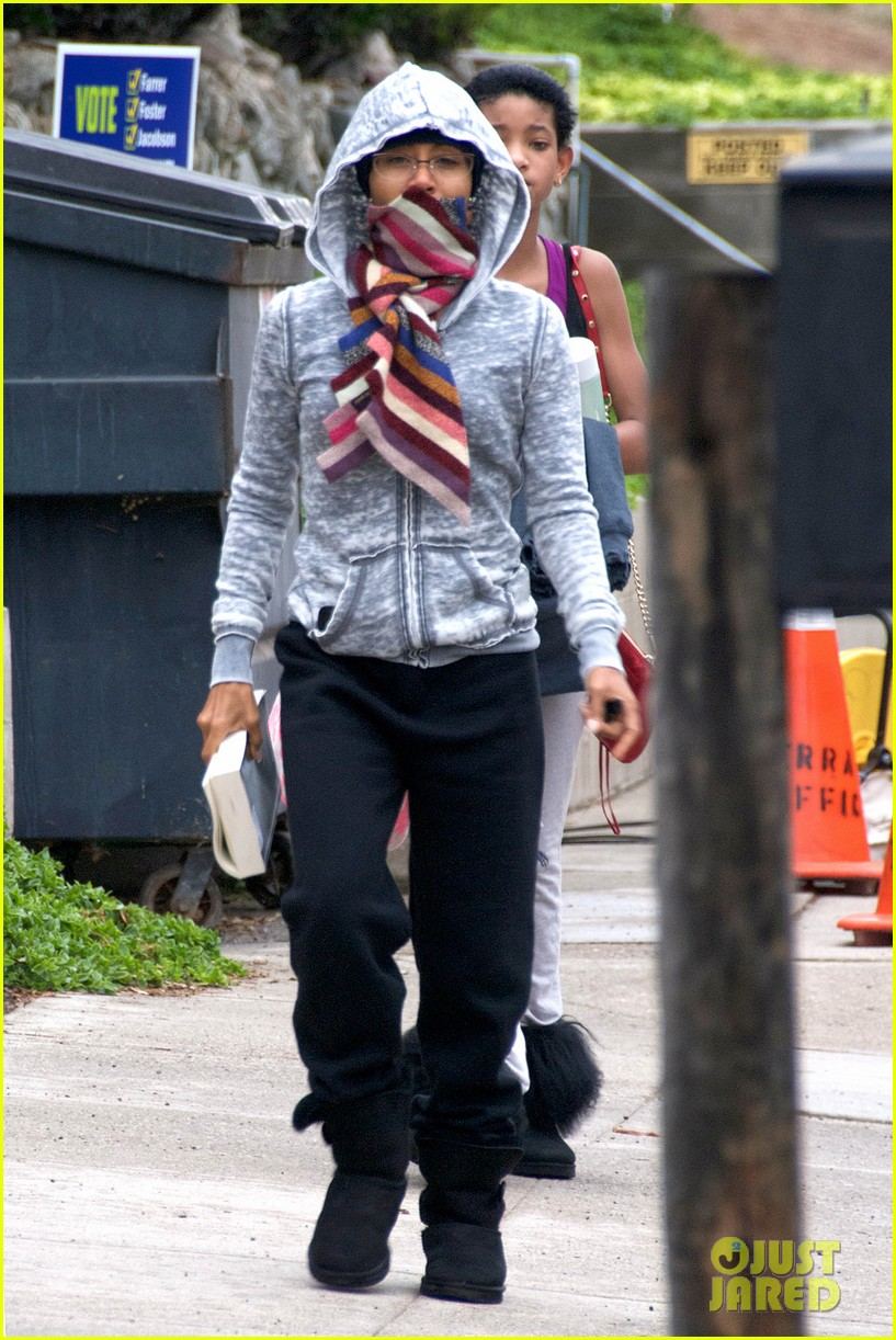 willow smith yoga class cutie 07