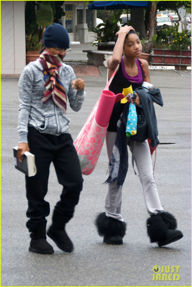 willow smith yoga class cutie 12