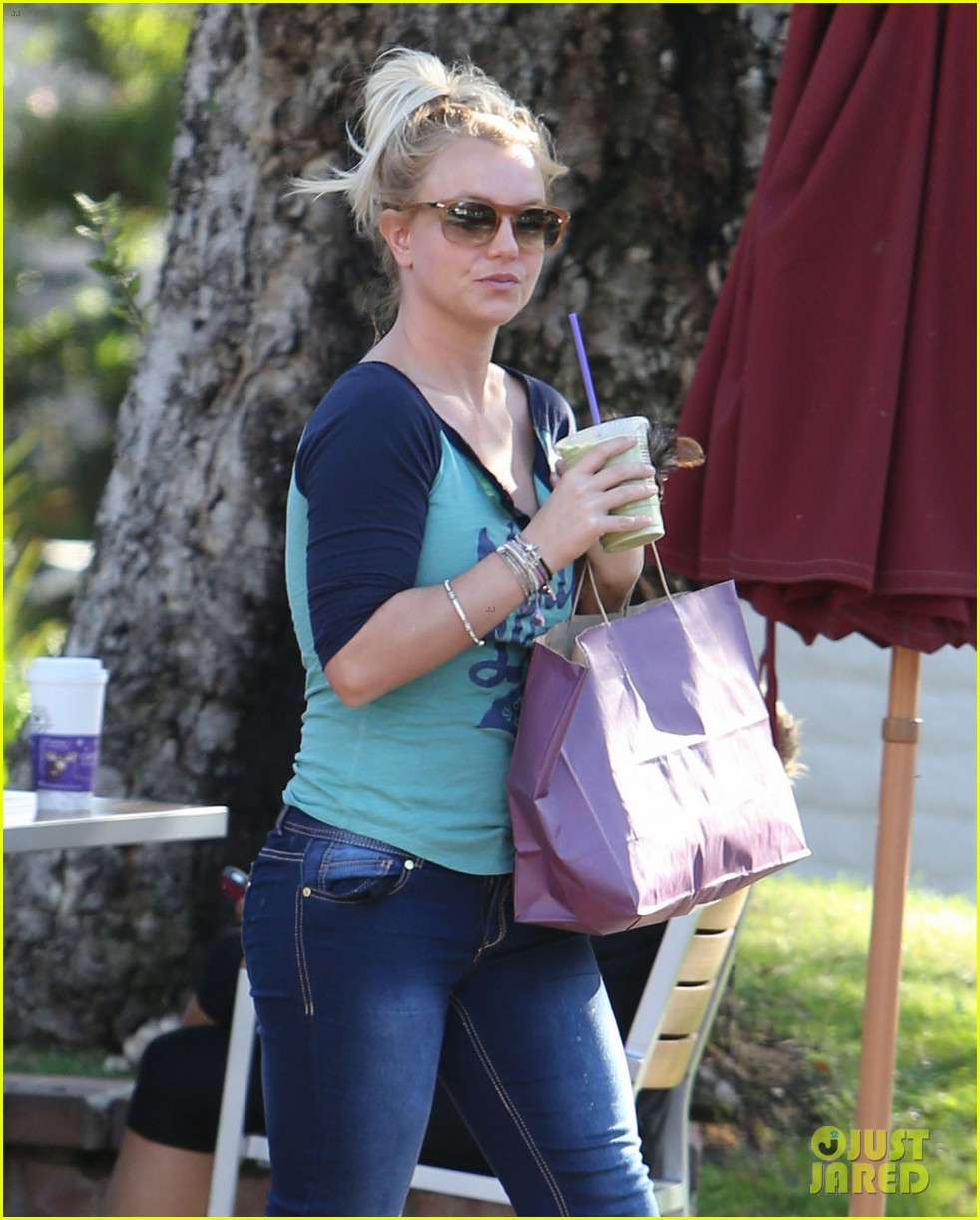 britney spears coffee bean with sean preston jayden james 16