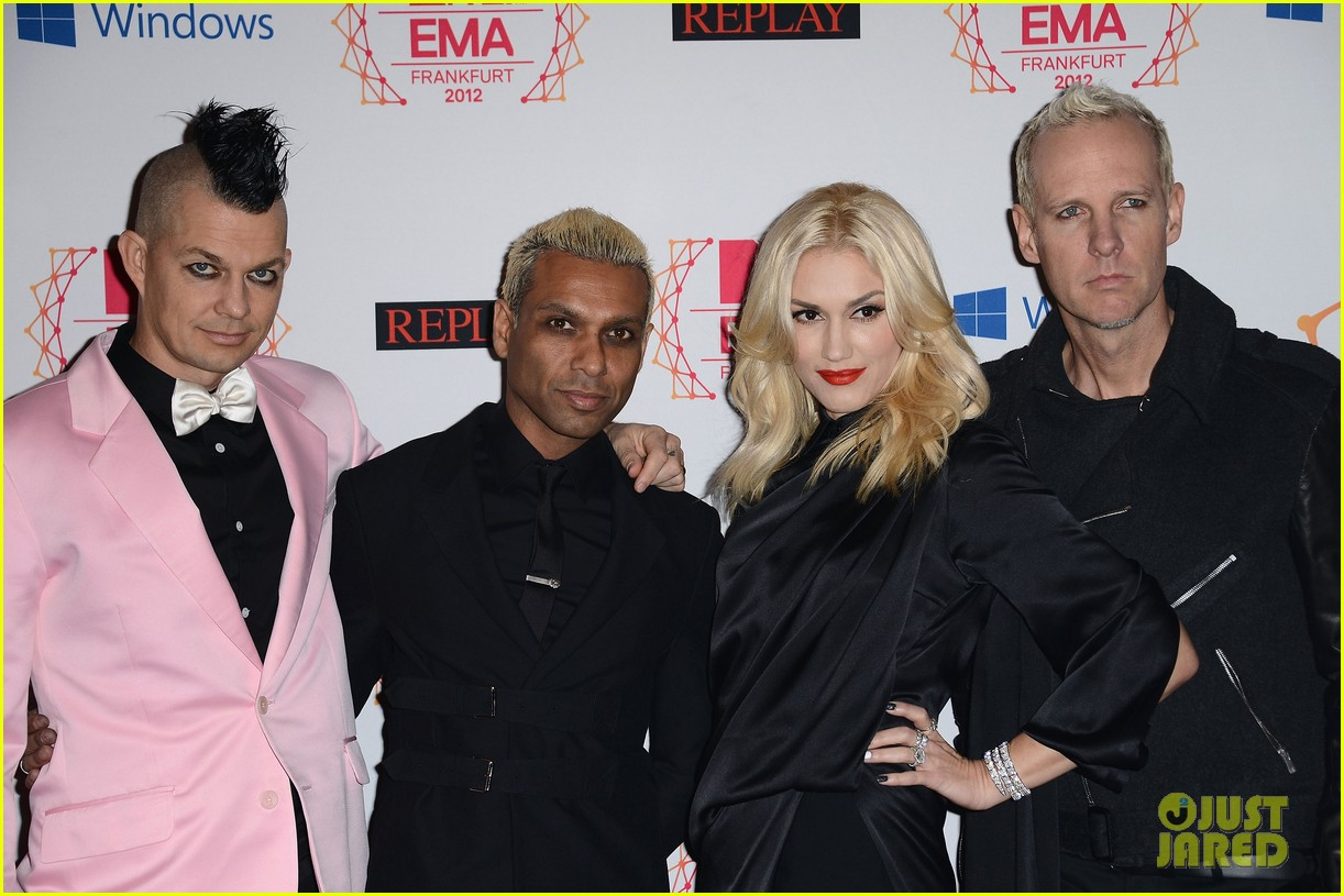 gwen stefani no doubt mtv emas 2012 red carpet 072755381