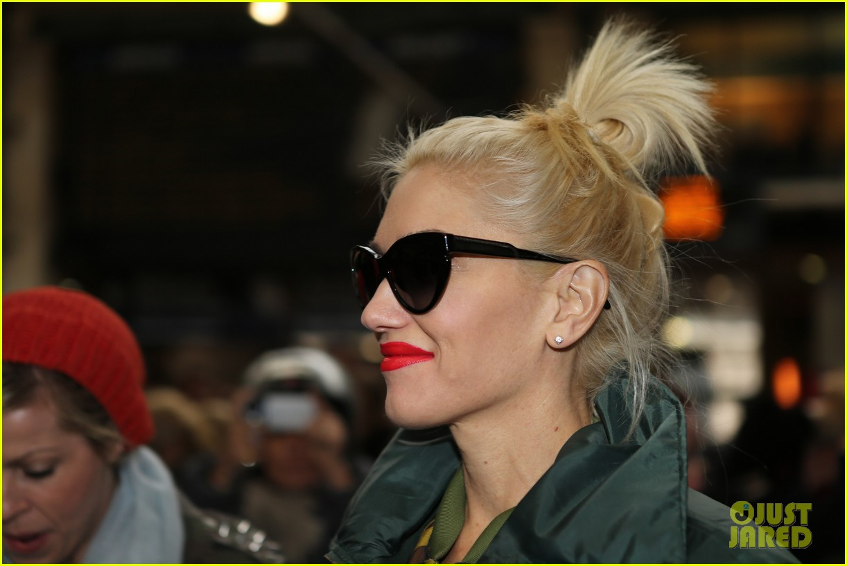 gwen stefani pretty paris 08