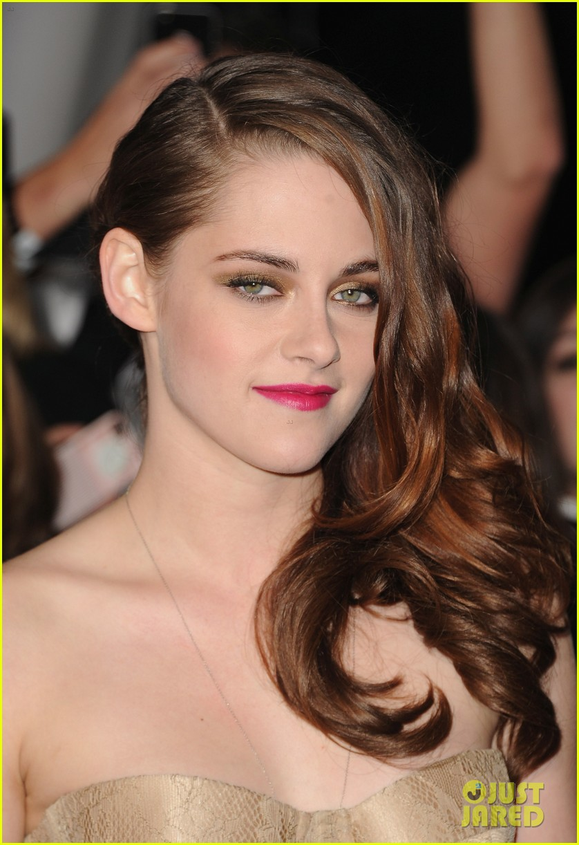 kristen stewart robert pattinson twilight breaking dawn part 2 premiere 18
