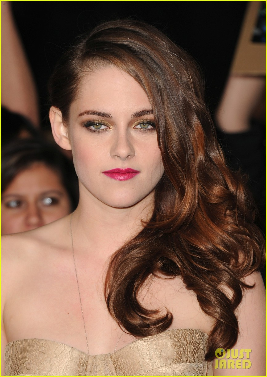 kristen stewart robert pattinson twilight breaking dawn part 2 premiere 19