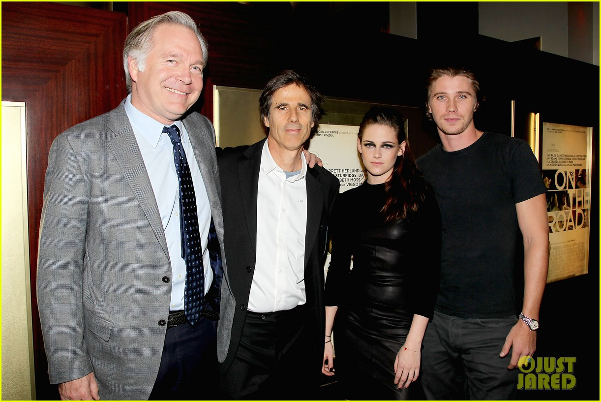 kristen stewart garrett hedlund on the road nyc screening 30