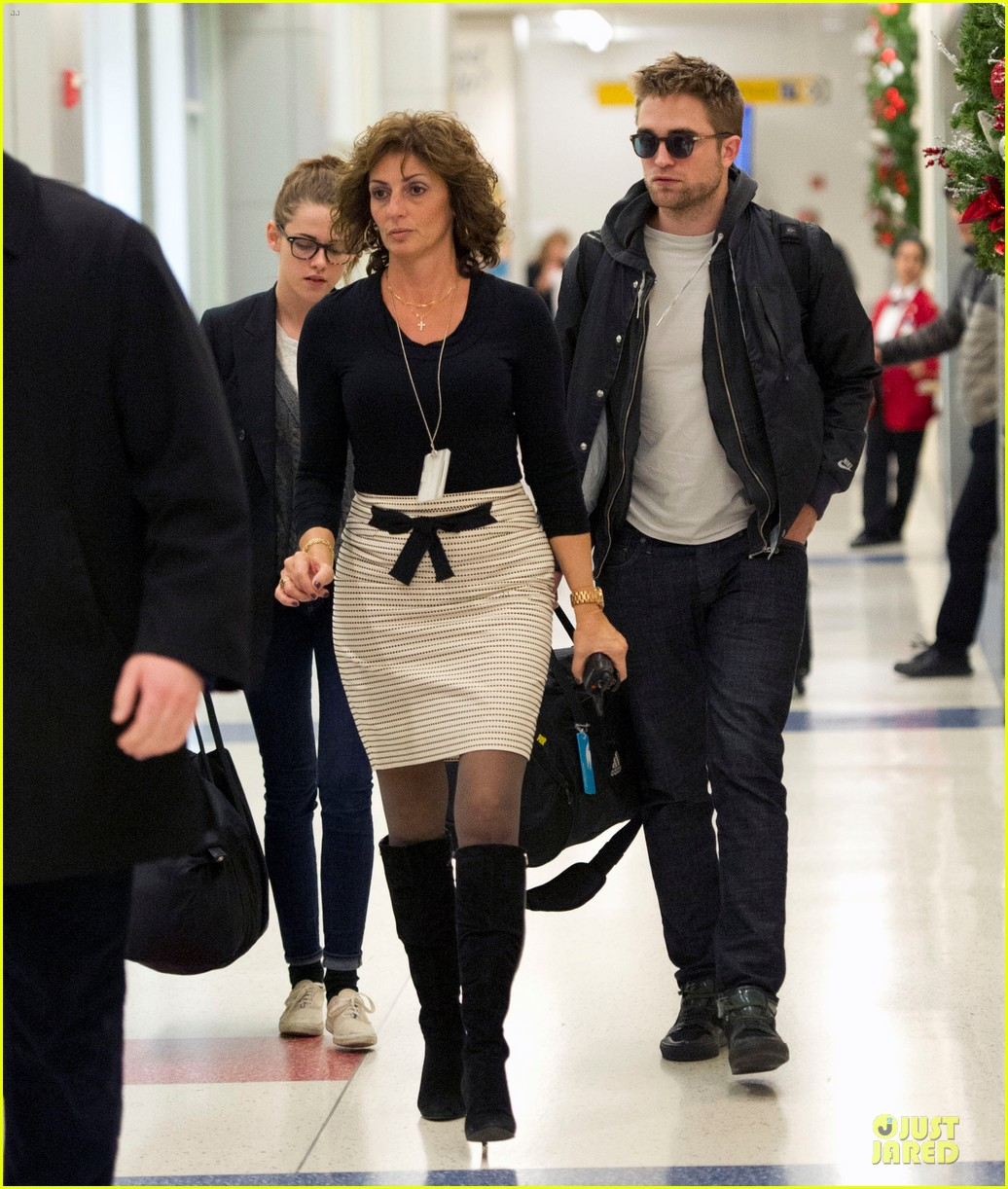 kristen stewart robert pattinson day after thanksgiving traveling 032763017