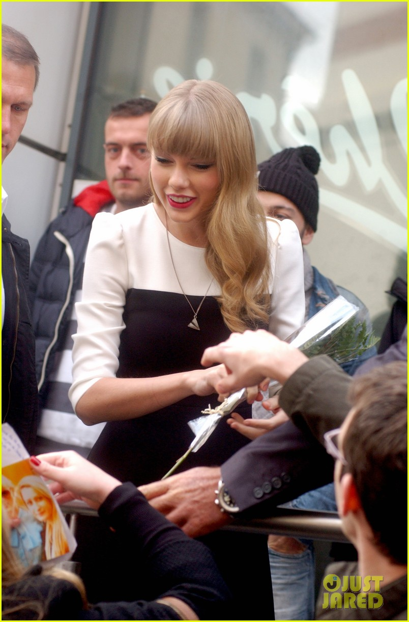 taylor swift nrj radio promo stop 04
