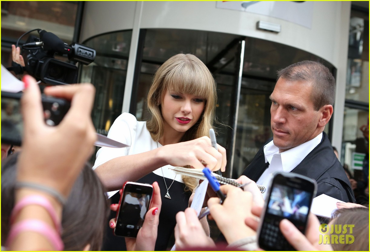 taylor swift nrj radio promo stop 25