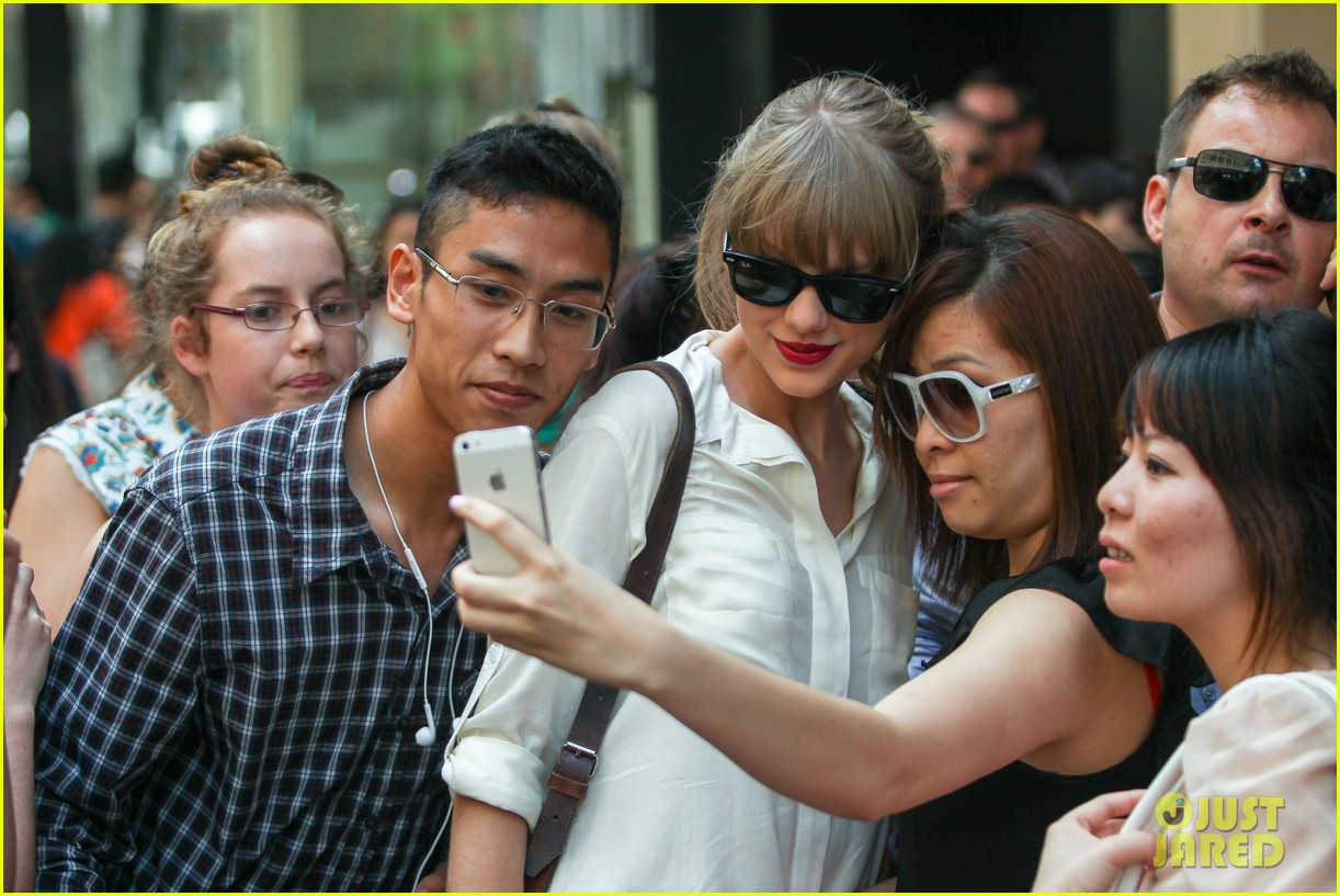 taylor swift shopping in sydney 32