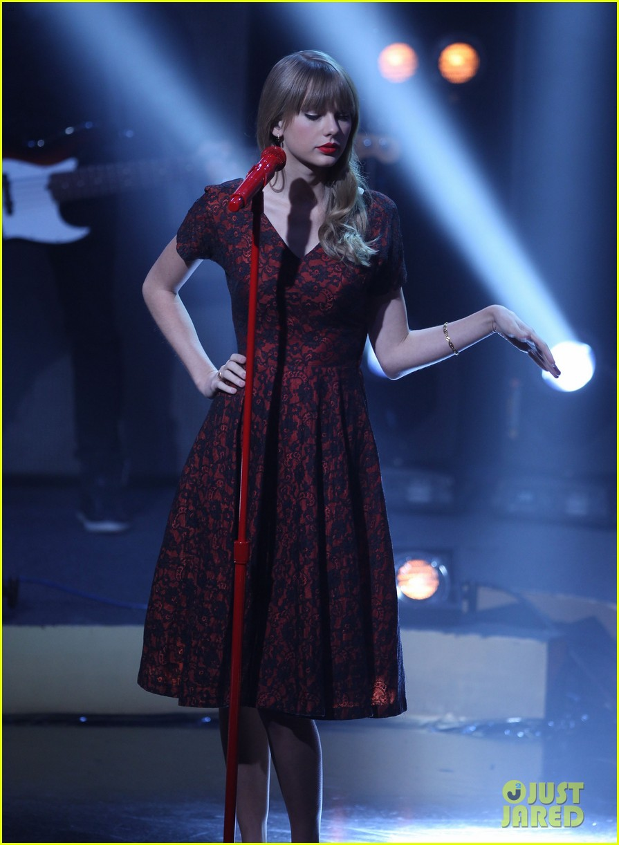 taylor swift skavlan london 07