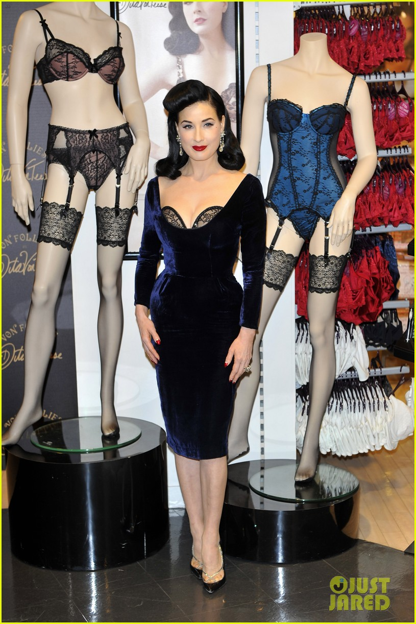 dita von teese von follies lingerie launch 092765175