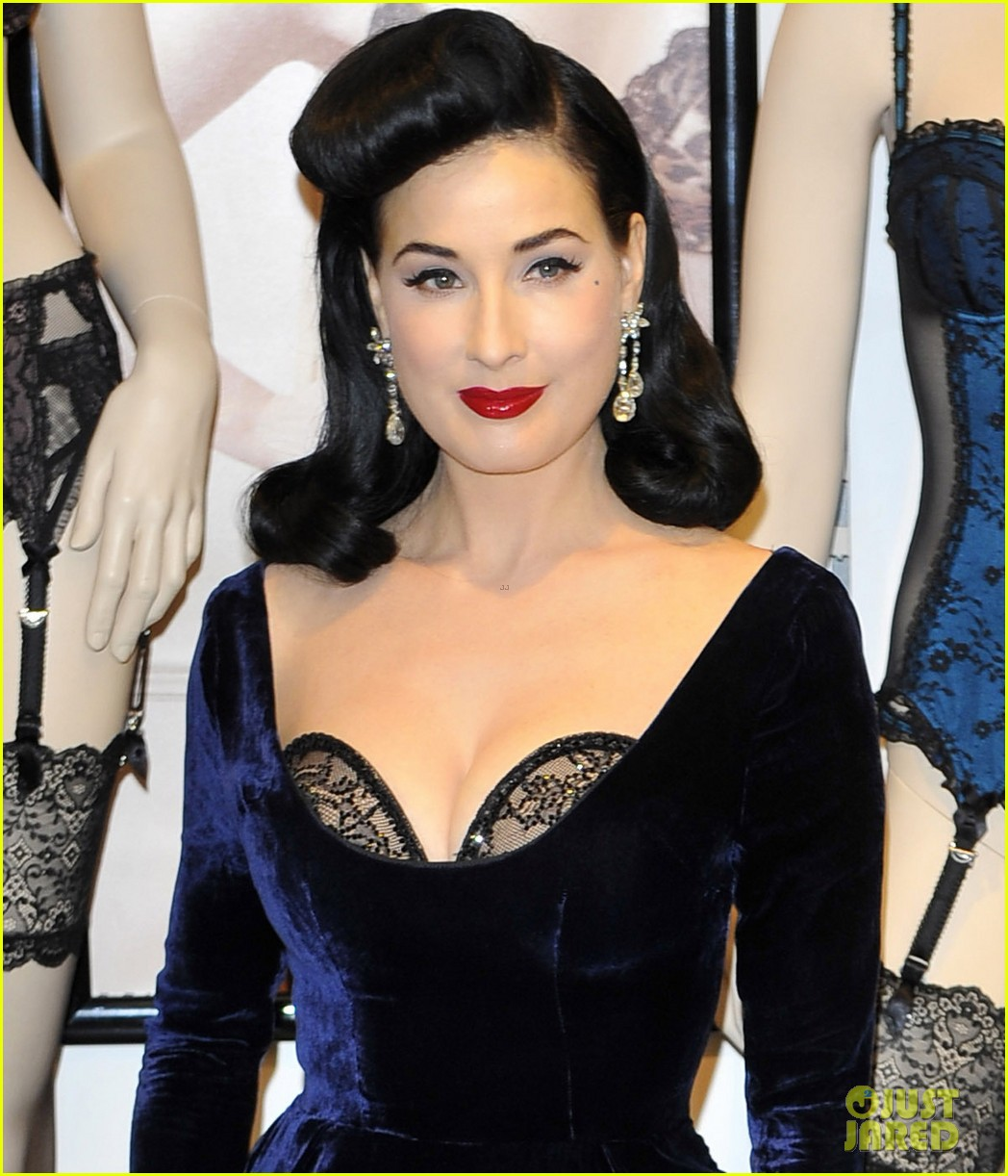 dita von teese in a dita von teese collection dress. Black Bedroom Furniture Sets. Home Design Ideas