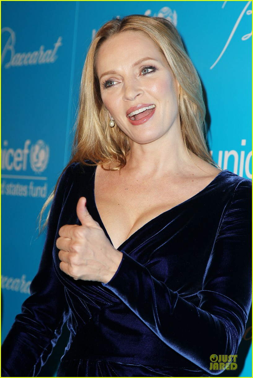 uma thurman kate mara unicef snowflake ball 09