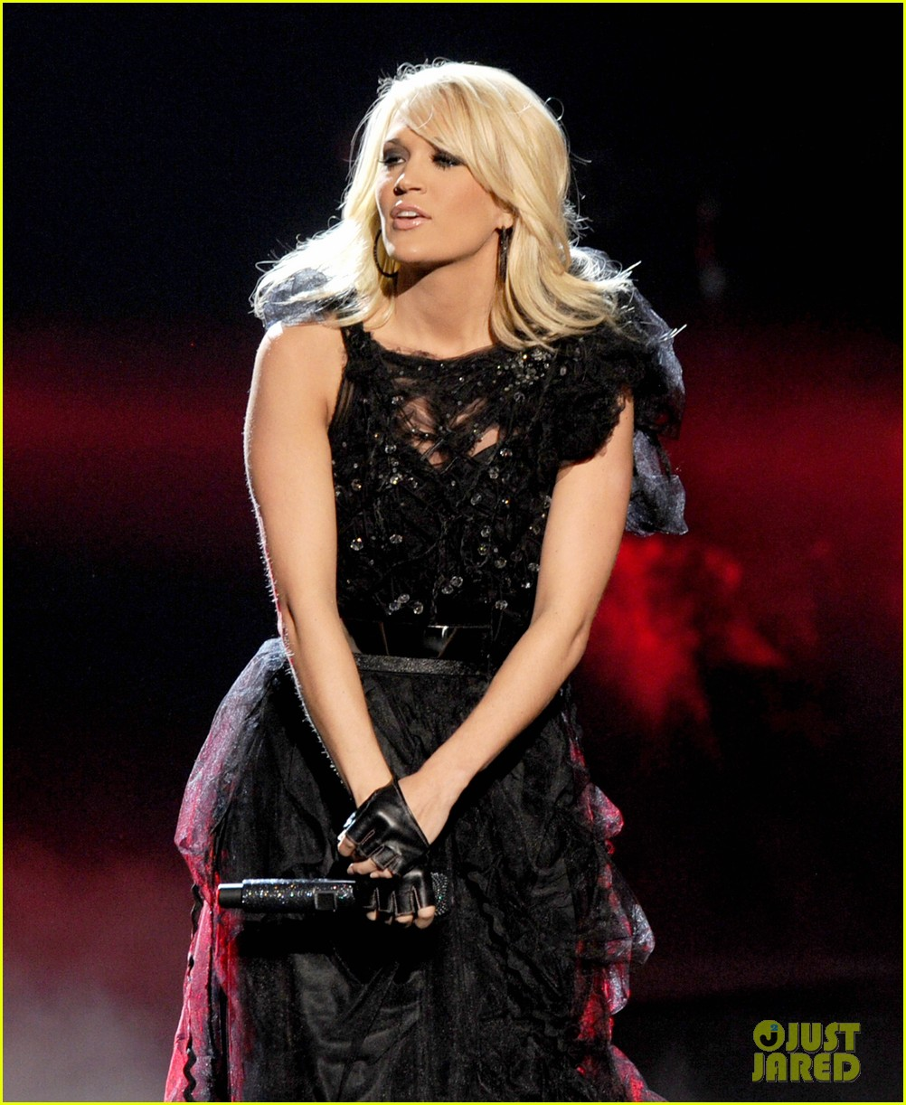 carrie underwood amas performance 01