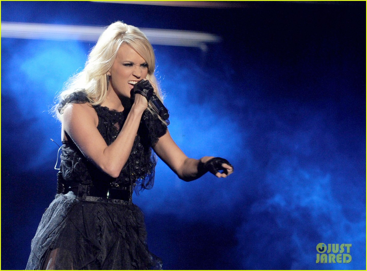 carrie underwood amas performance 04