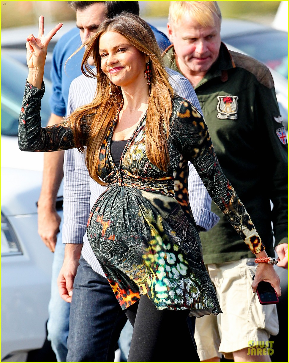 sofia vergara st jude thanks and giving campaign supporter 152750368