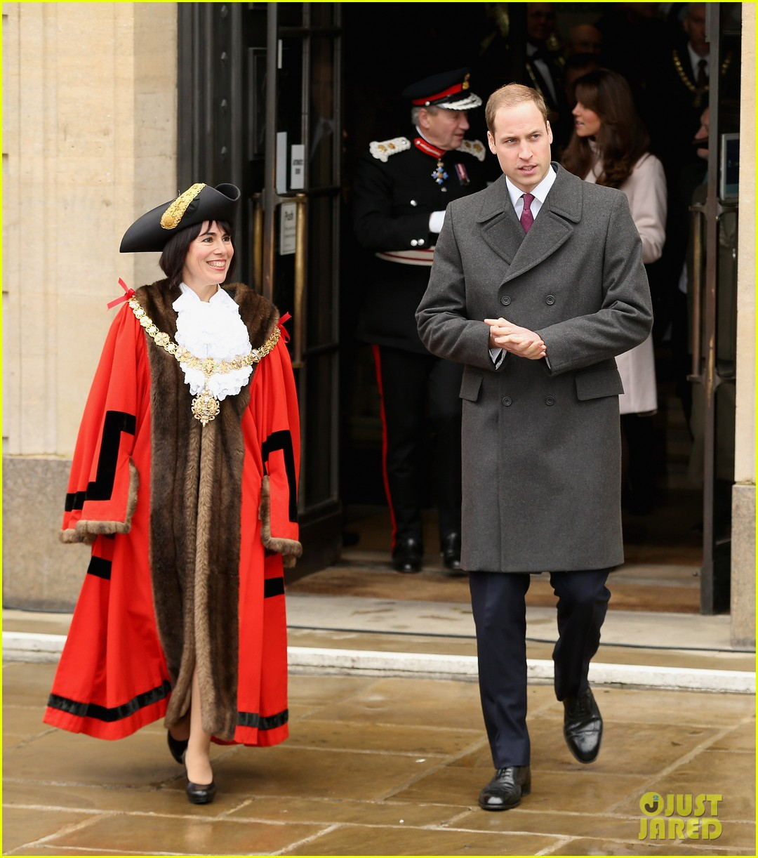 prince william duchess kate cambridge senate house visit 05