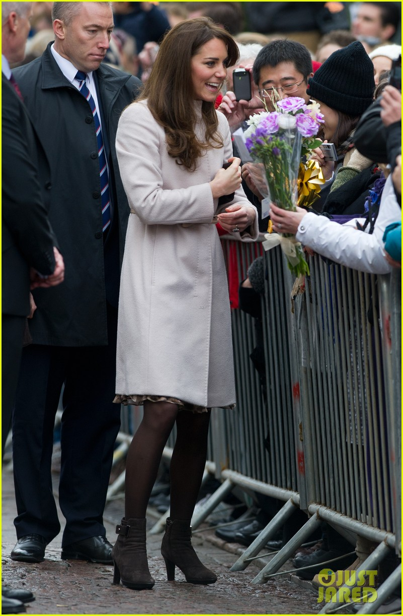 prince william duchess kate cambridge senate house visit 09