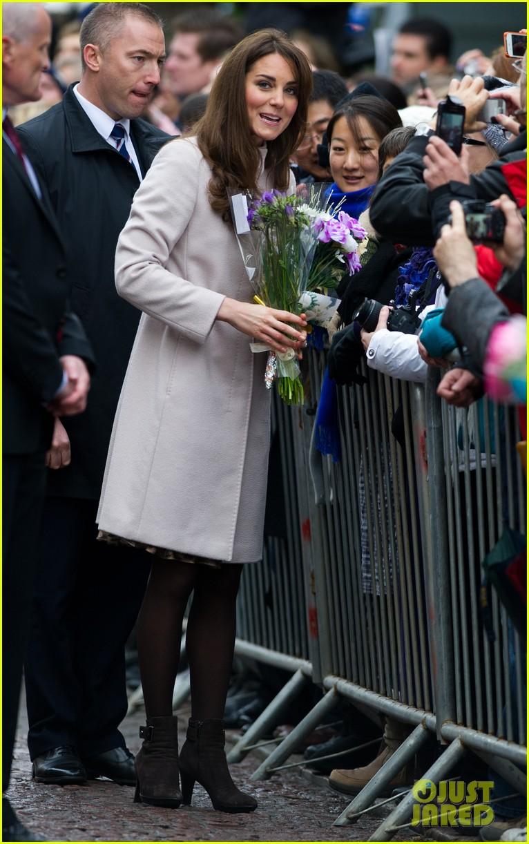 prince william duchess kate cambridge senate house visit 112765132