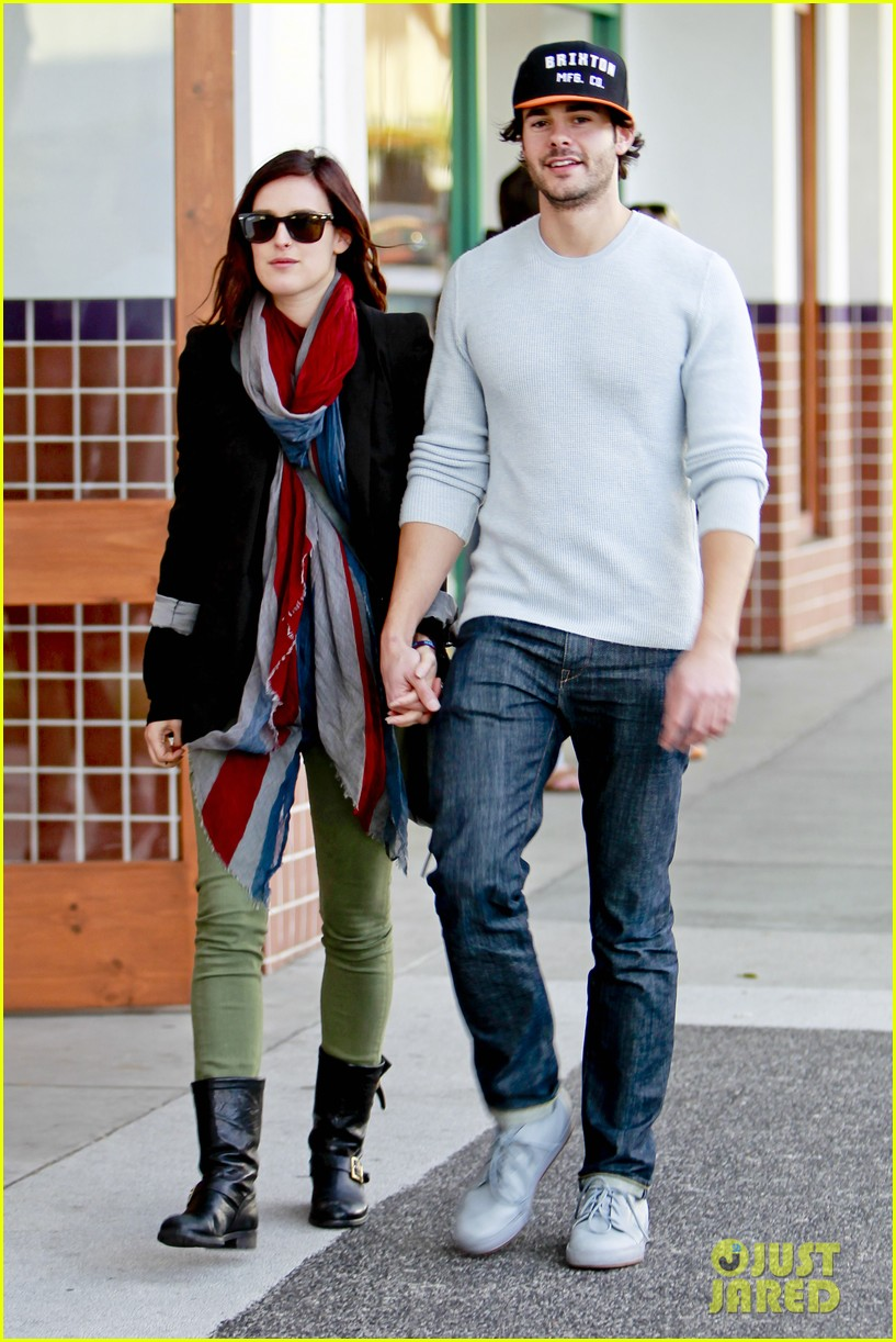 rumer willis jayson blair romantic walk beverly hills 07