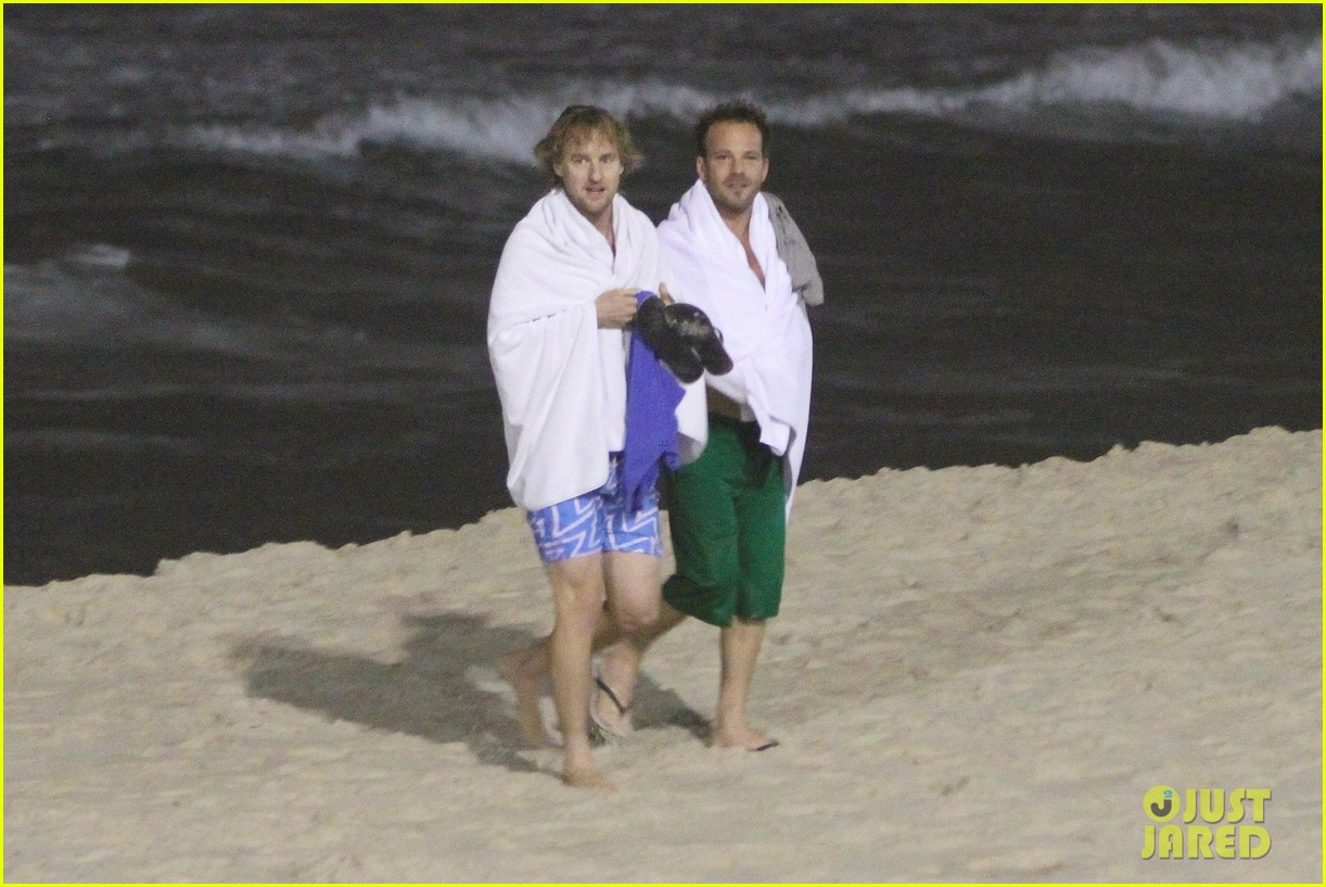 owen wilson stephen dorff shirtless beach buddies 02