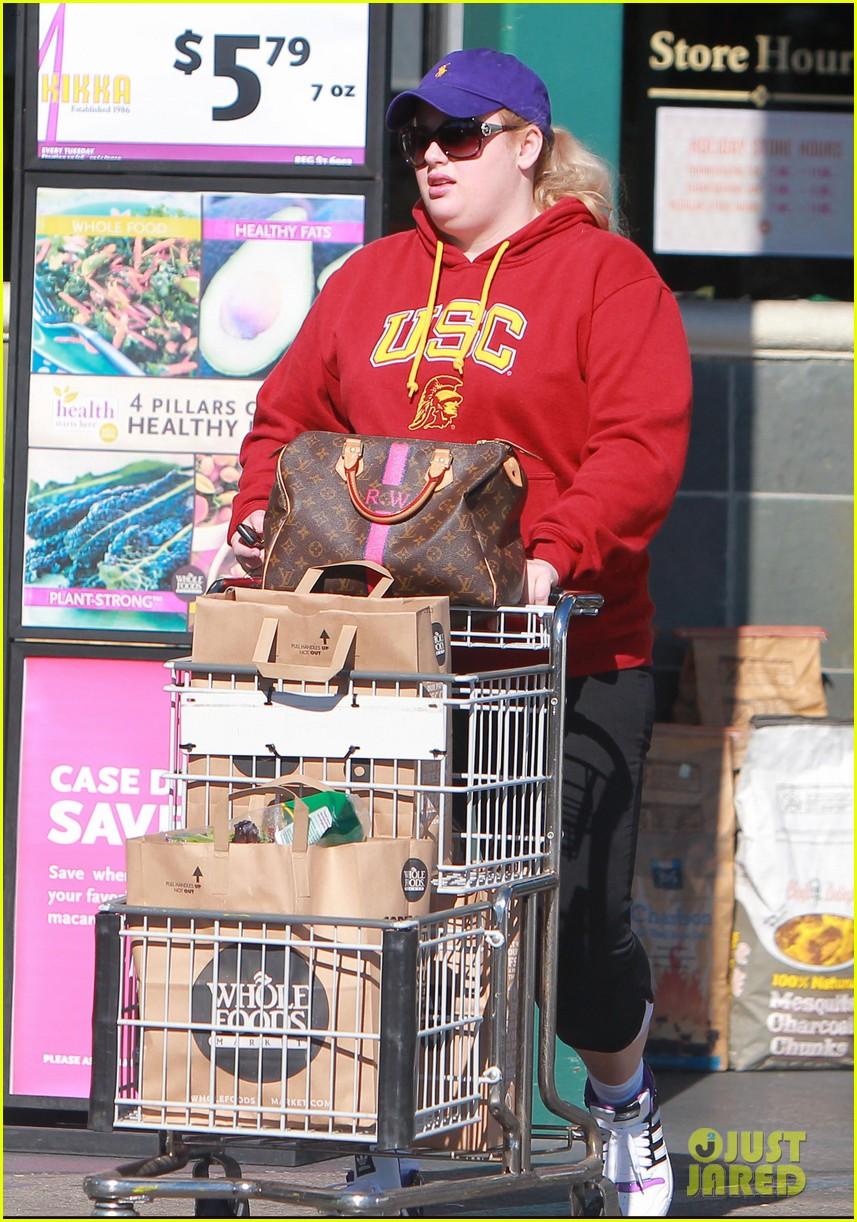 rebel wilson sunday shopaholic 09