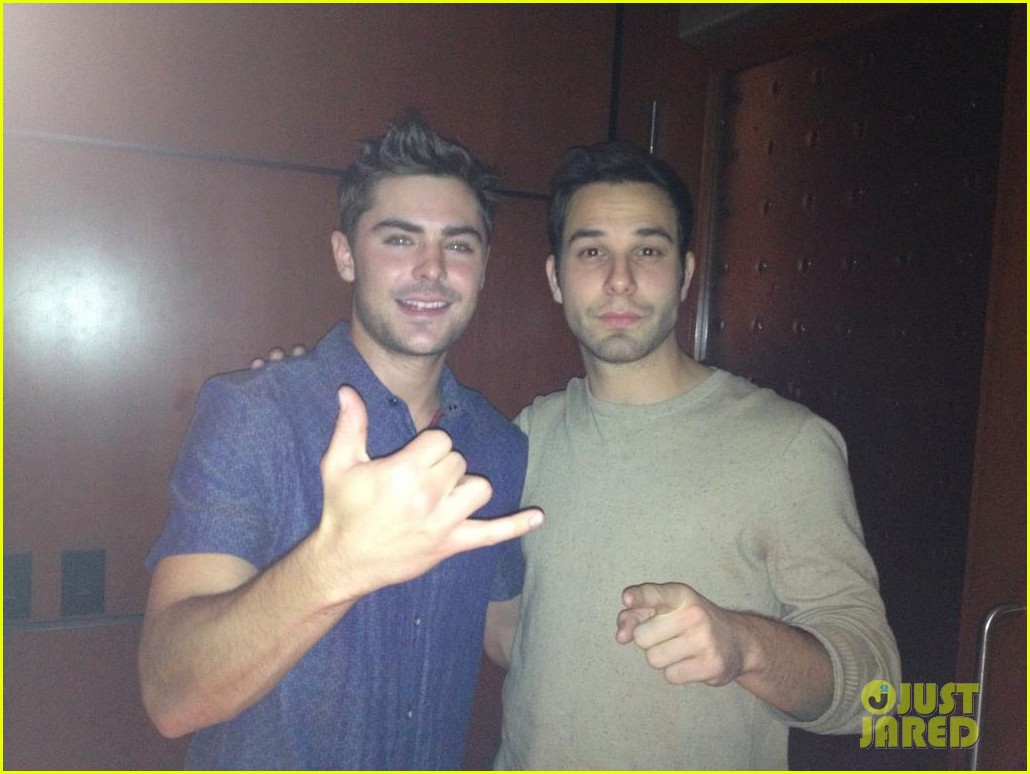 zac efron loves the lakers 022757274