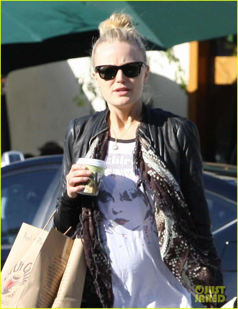 malin akerman shopping lunch 02