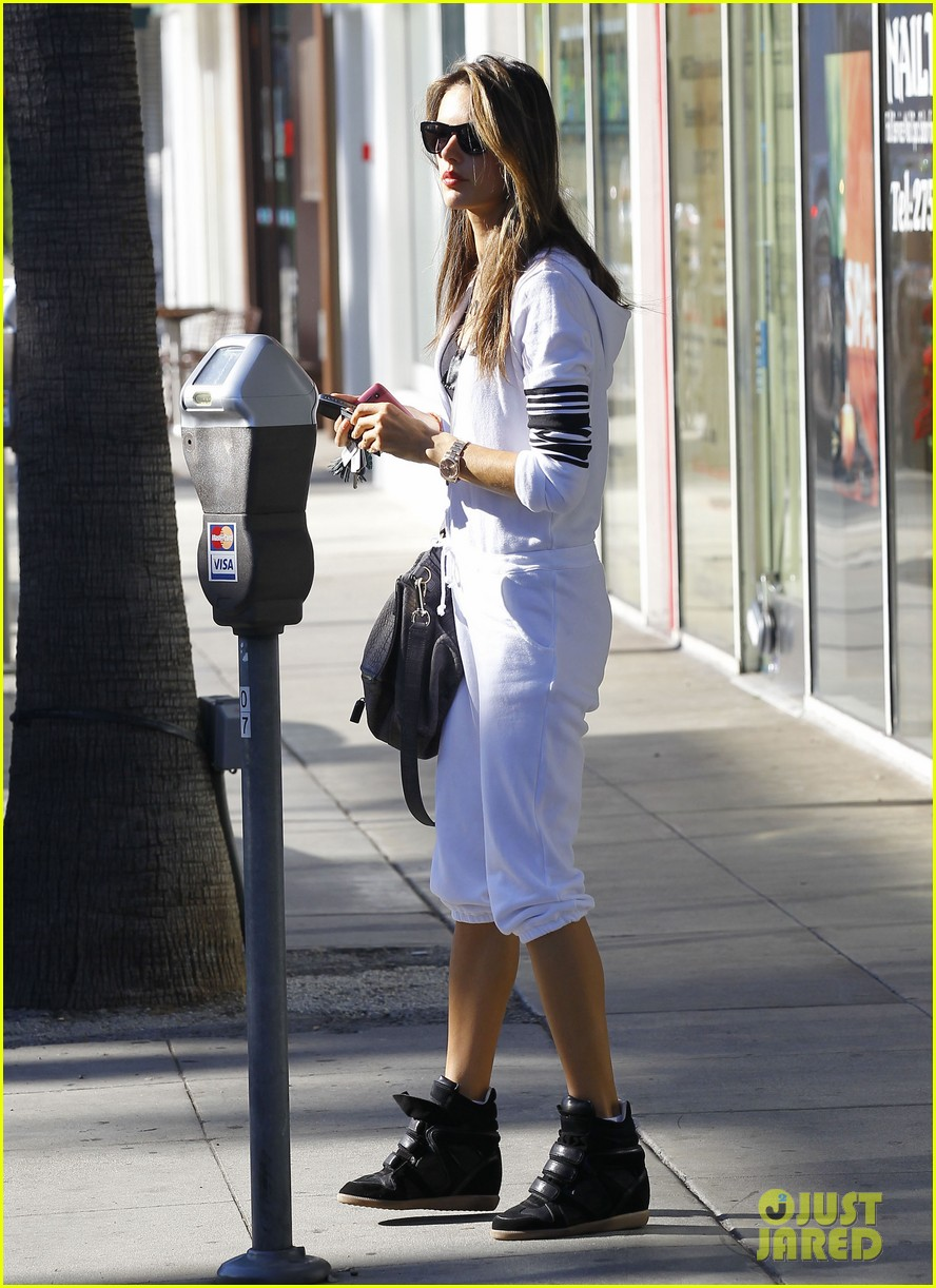 alessandra shops the day away with anja 12