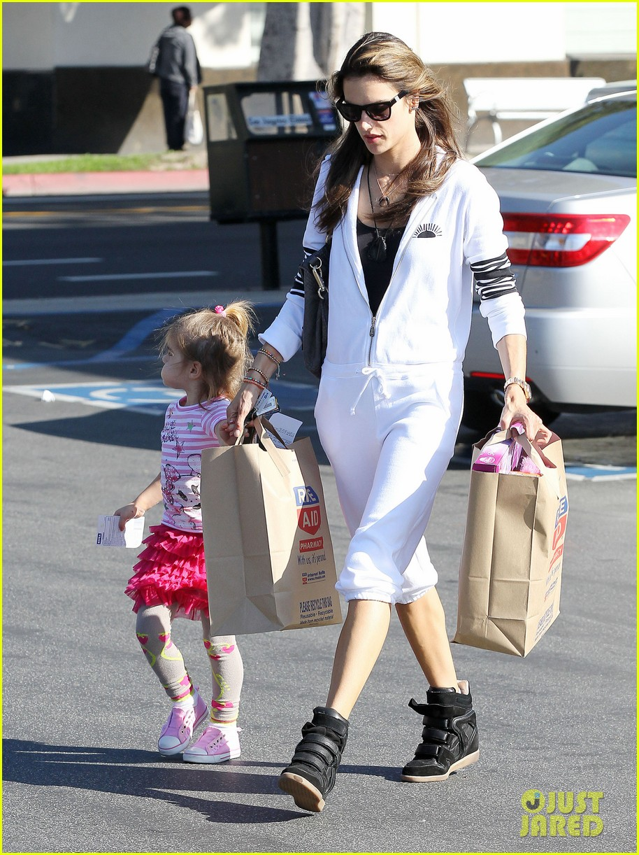 alessandra shops the day away with anja 13