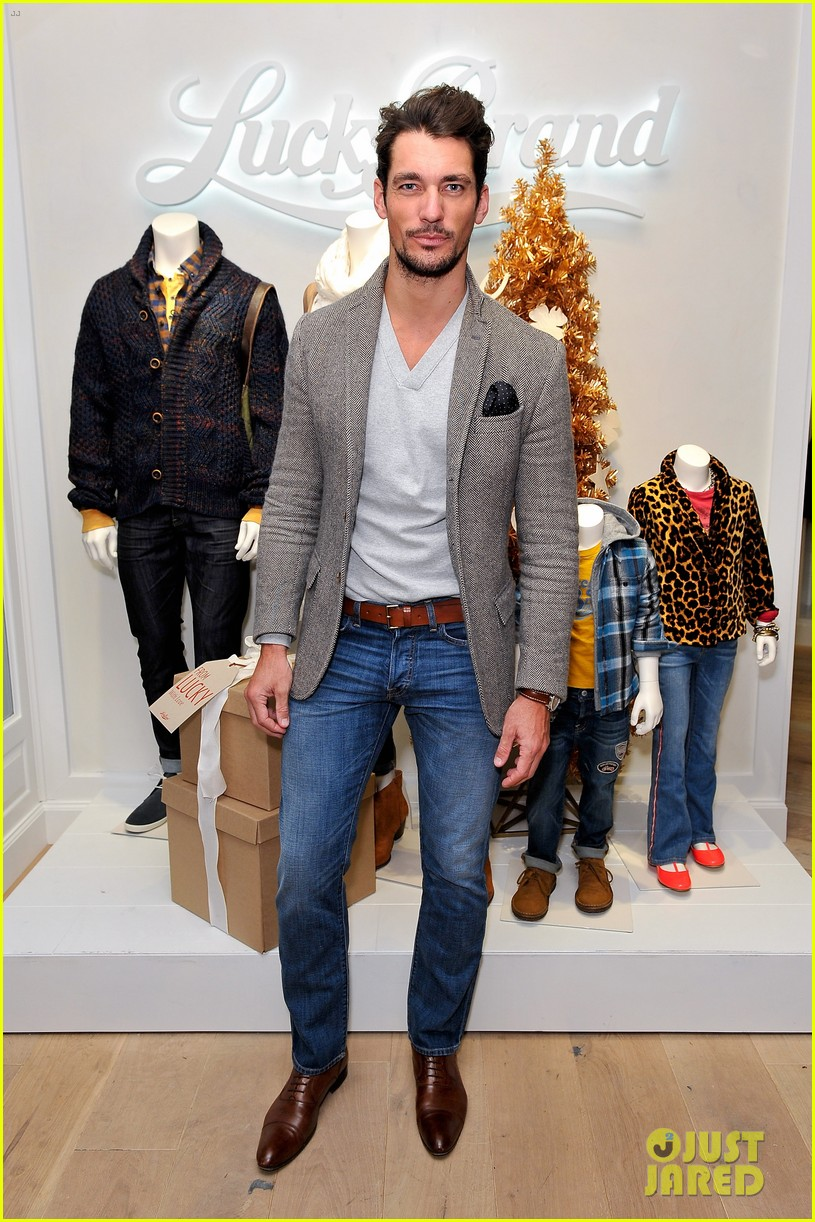 dave annable lucky brand store opening with odette 11