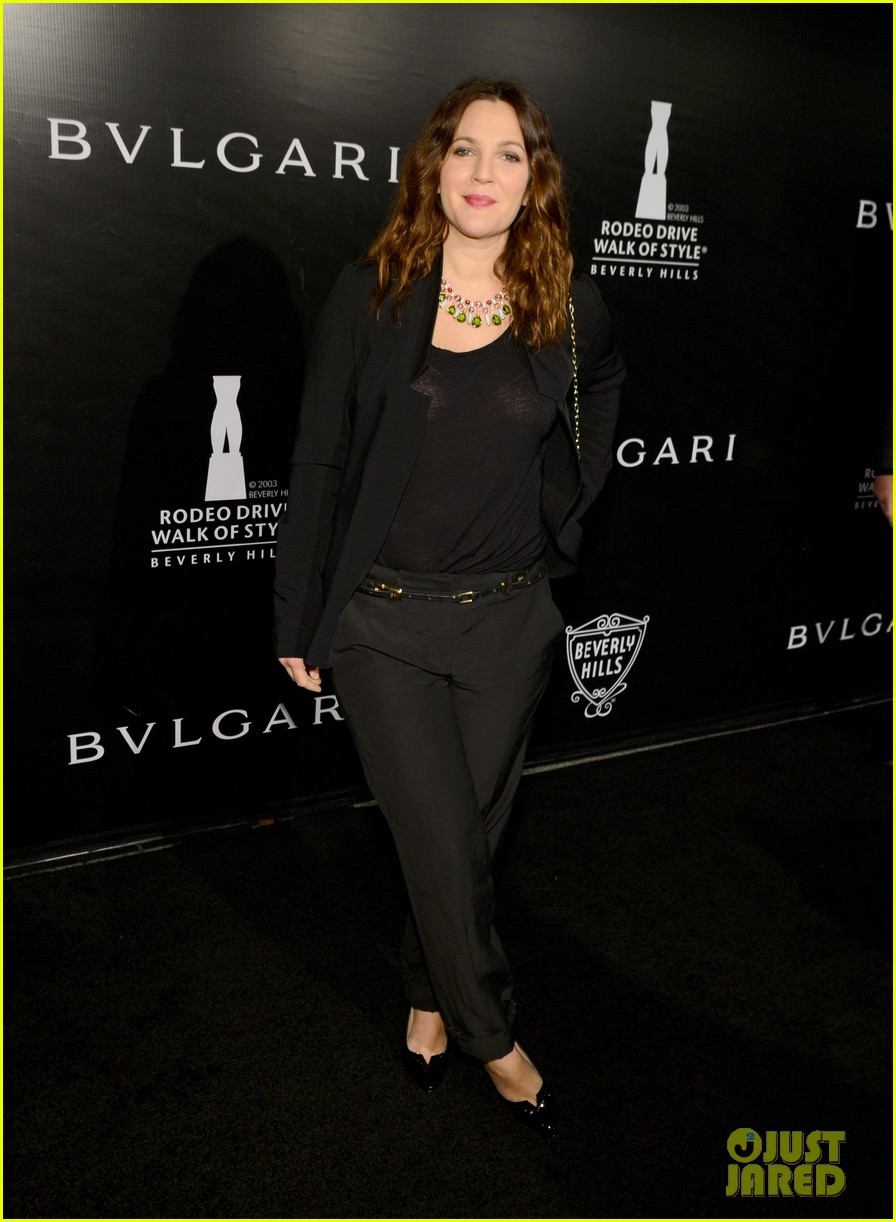 drew barrymore kate walsh rodeo drive honors bvlgari 38