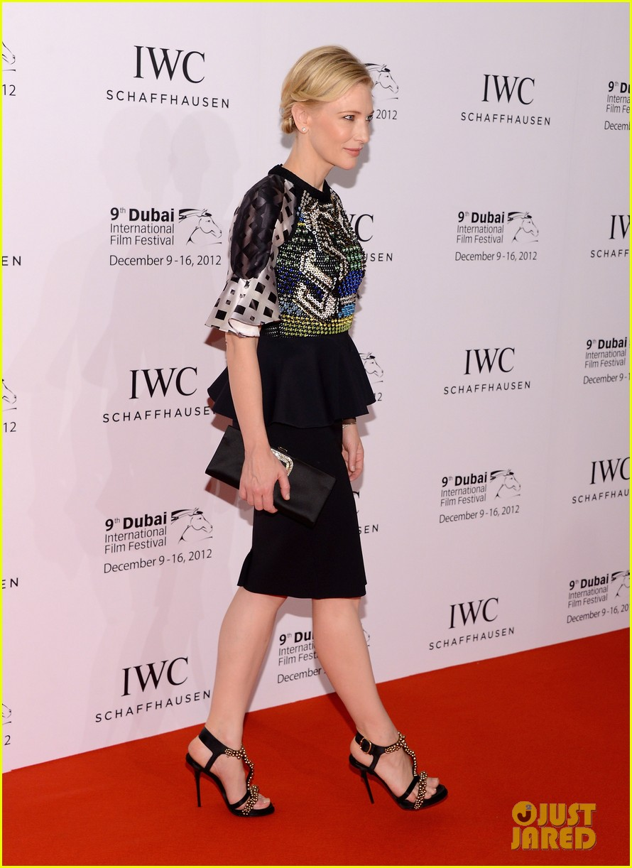 cate blanchett filmmaker award gala dinner in dubai 11