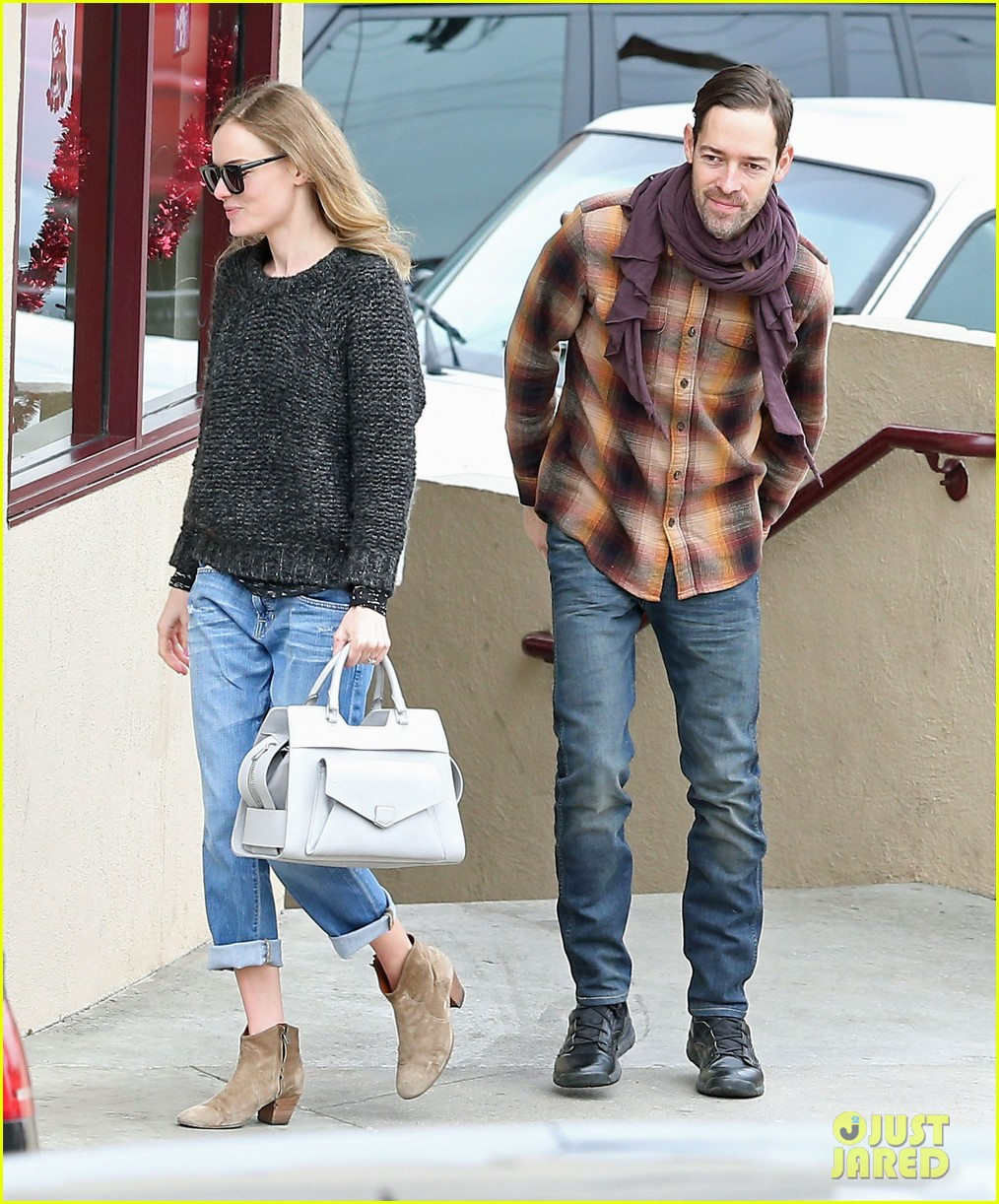 kate bosworth michael polish fatburger lunch 03