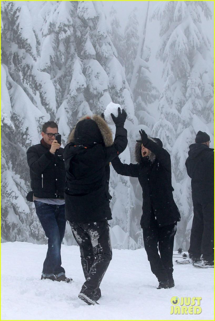michael buble luisana lopilato snowy sweethearts 29