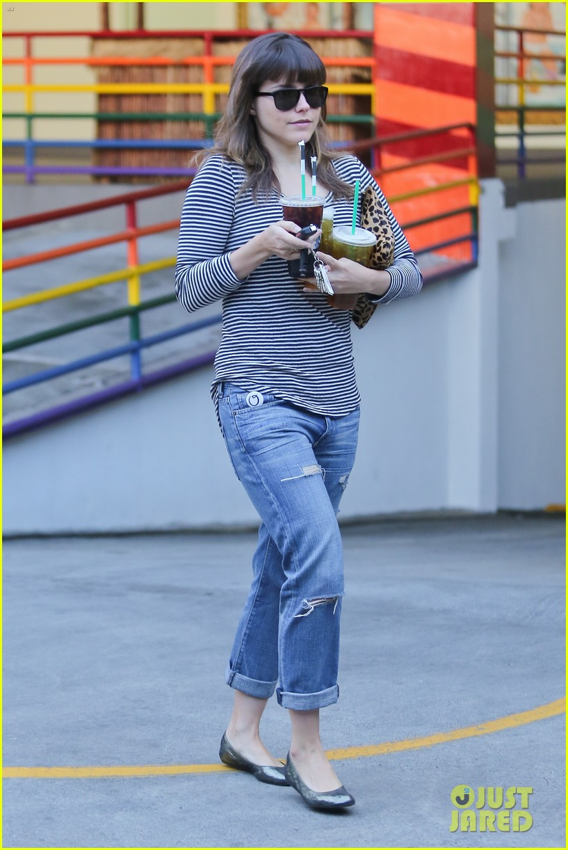 sophia bush drink run 15