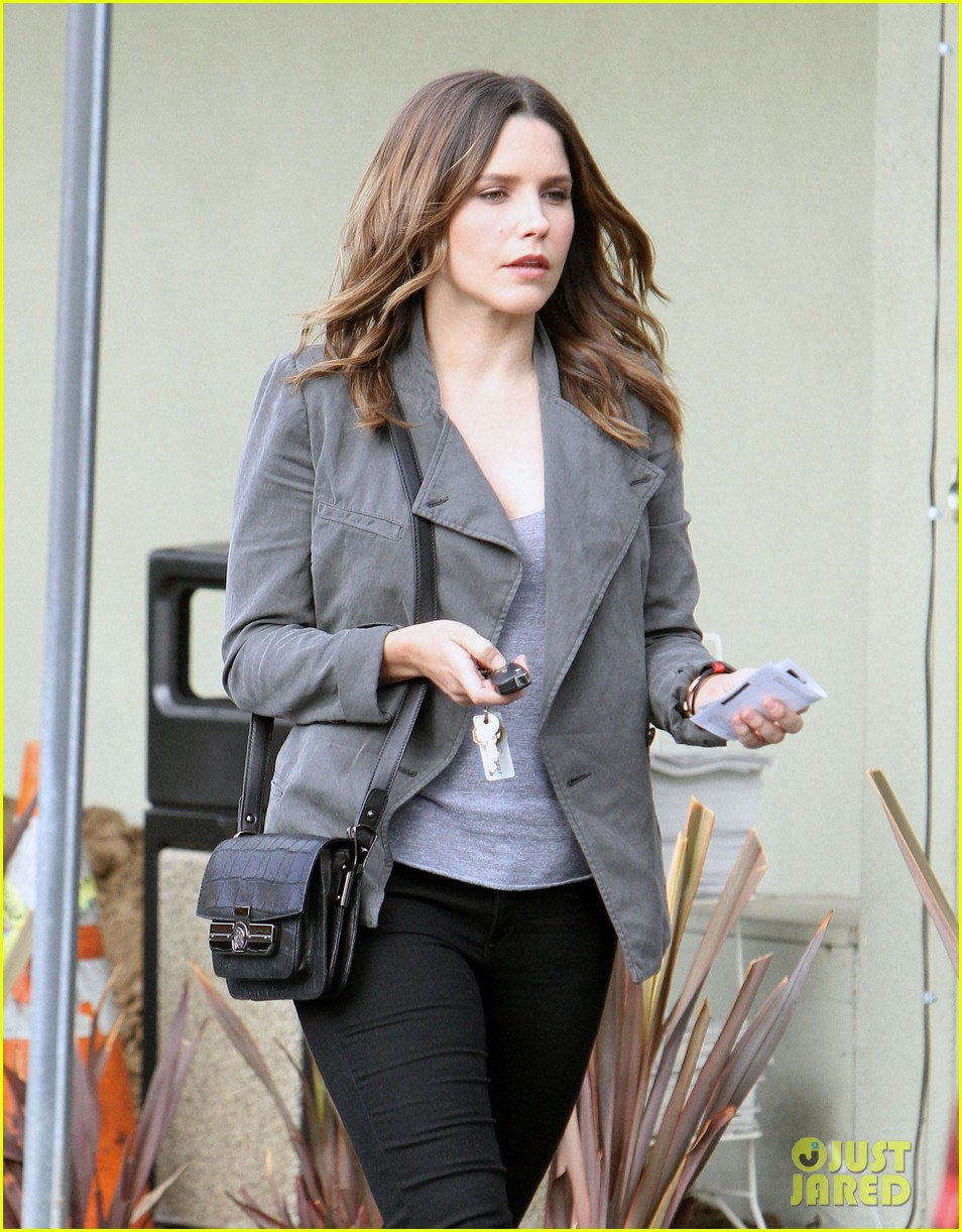sophia bush monika chiang anniversary celebration 04