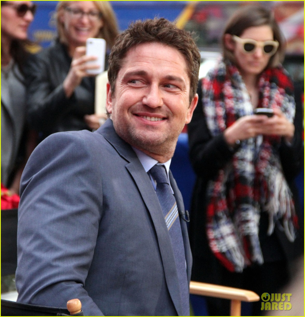 gerard butler promotes playing for keeps on gma 22