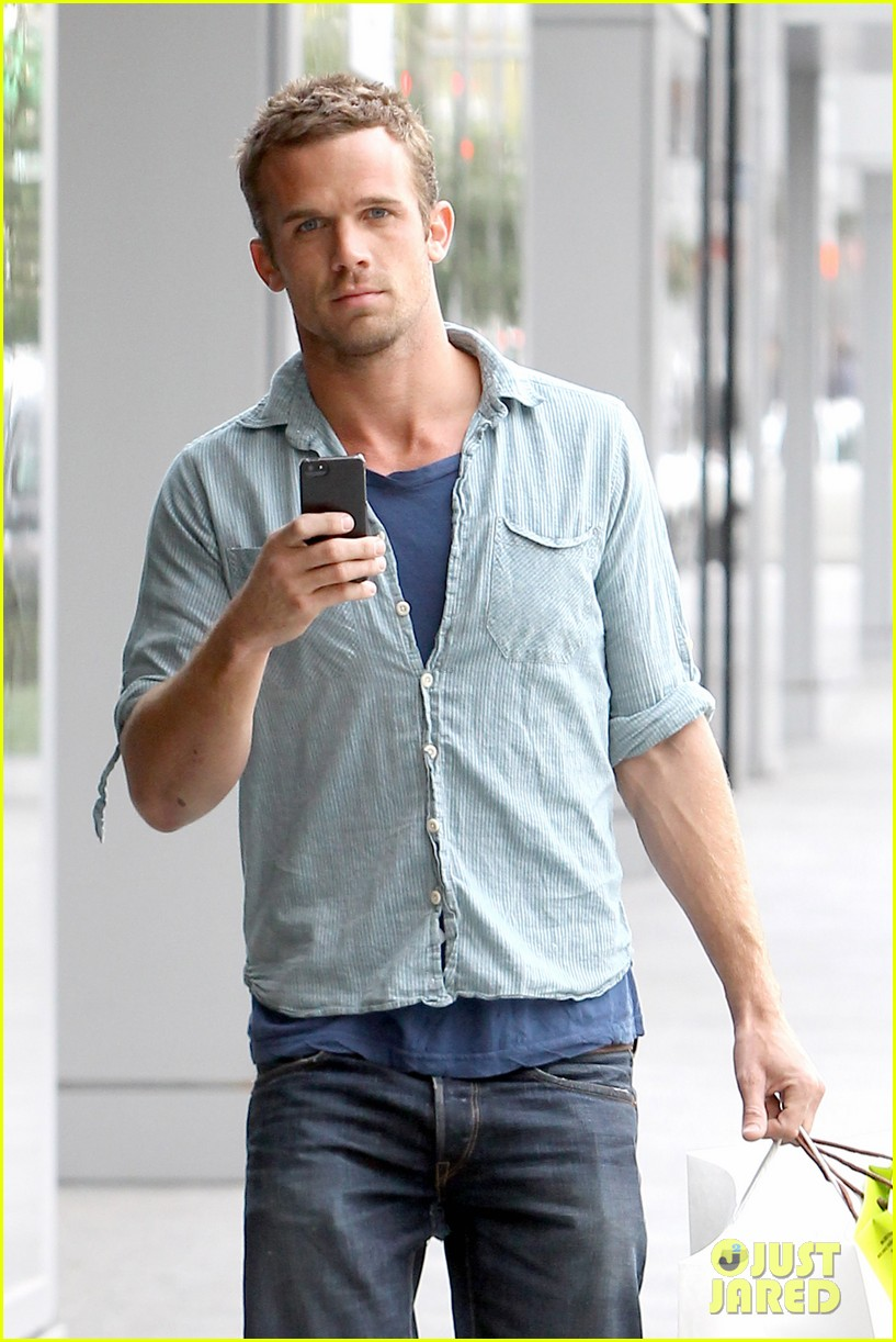 cam gigandet williams sonoma gift run 022780539