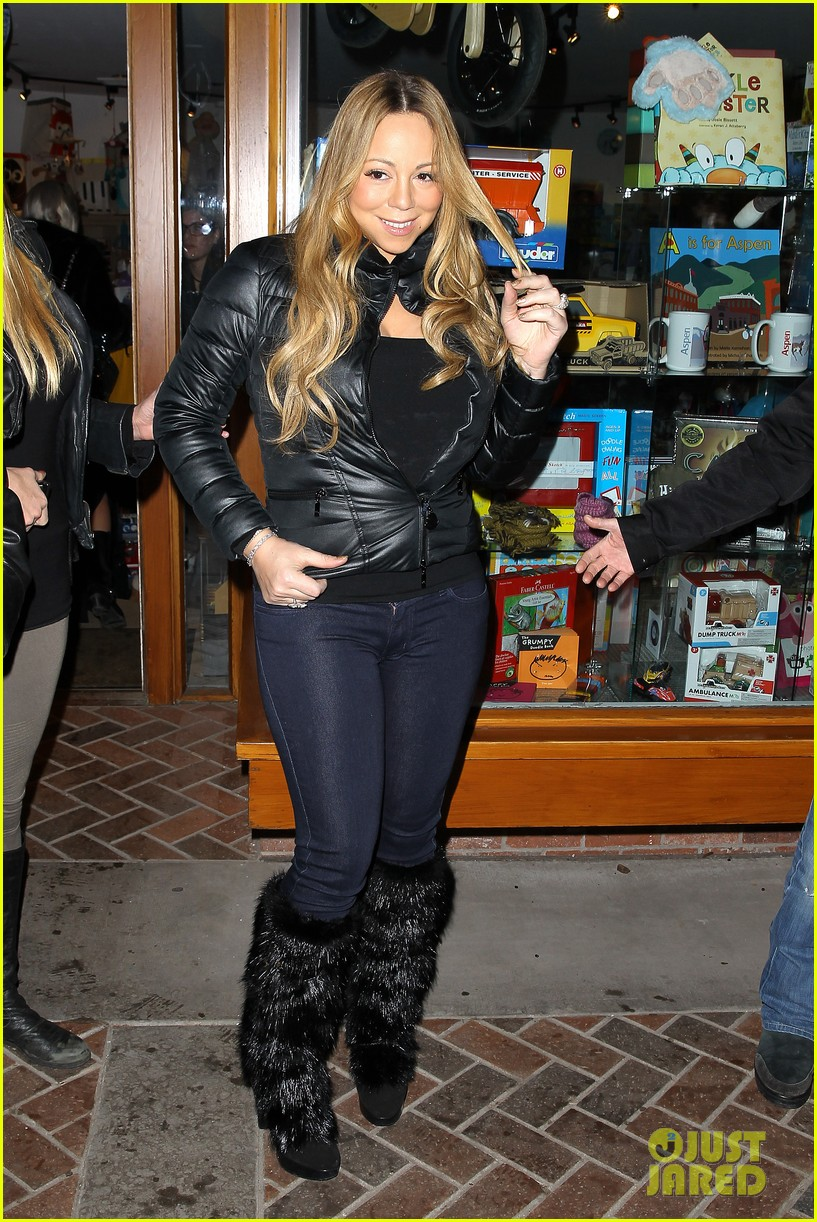 mariah carey im not letting anyone touch presents until christmas day 032780235