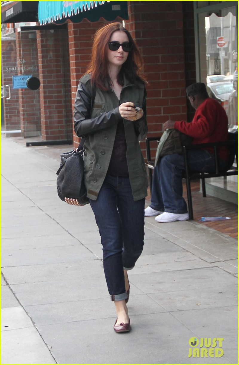 lily collins beverly hills holiday shopping 04