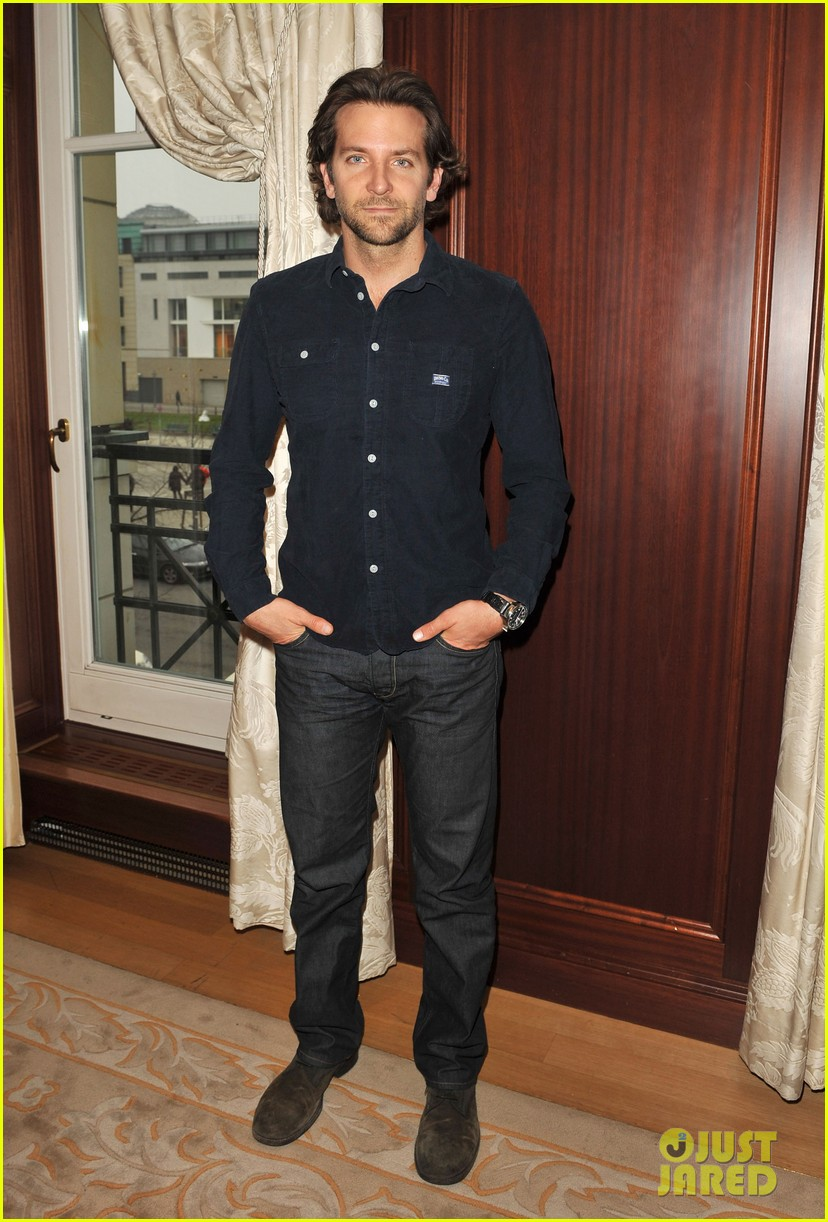 bradley cooper silver linings playbook berlin photo call 04