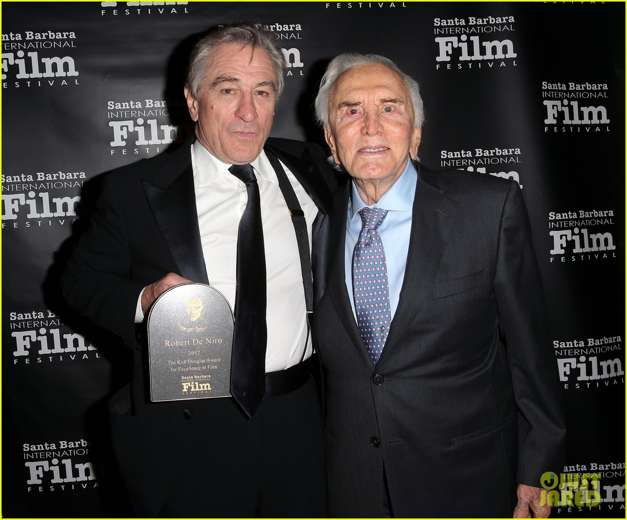 bradley cooper robert deniro receives kirk douglas award 032772293