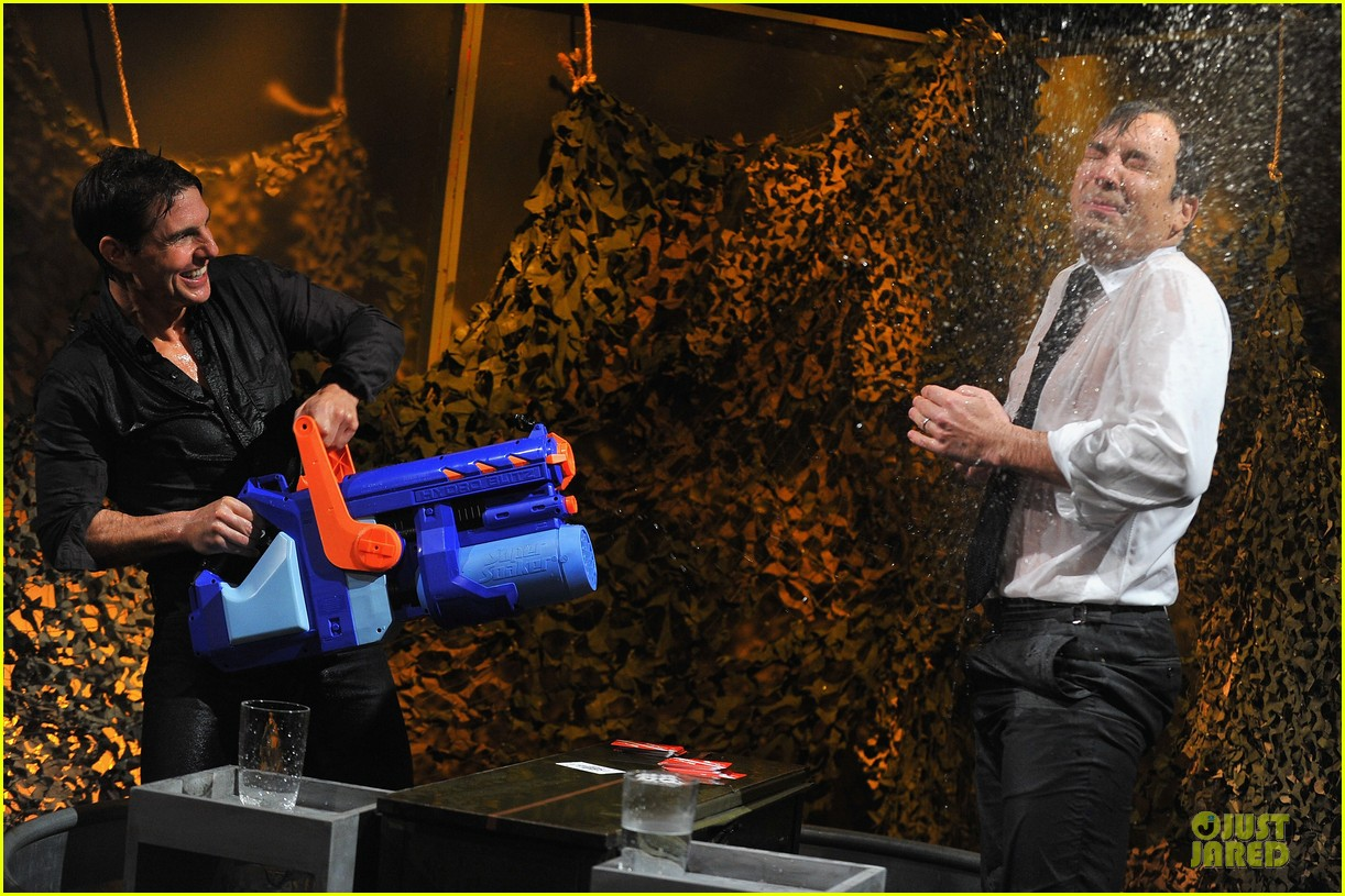 tom cruise water war with jimmy fallon 032778078