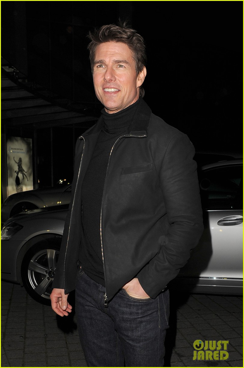 tom cruise spending christmas with kids 20