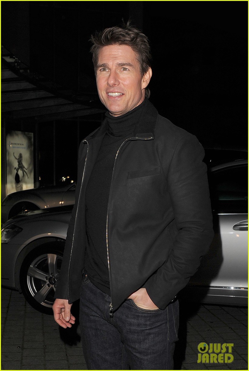 tom cruise spending christmas with kids 21