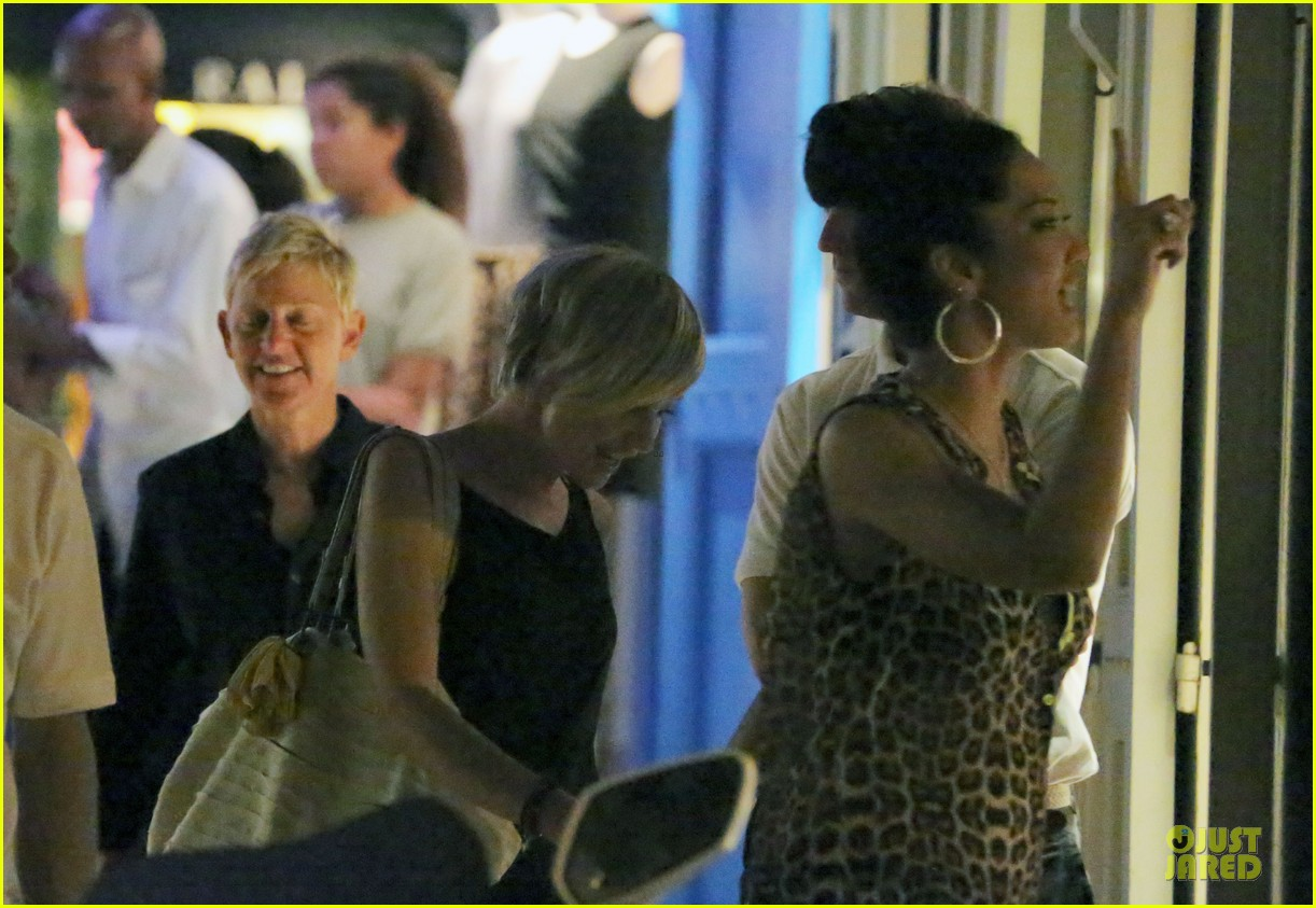 ellen degeneres & portia de rossi holiday jewelry shopping 07