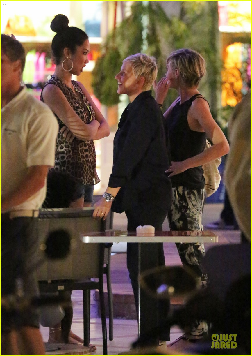 ellen degeneres & portia de rossi holiday jewelry shopping 132780402